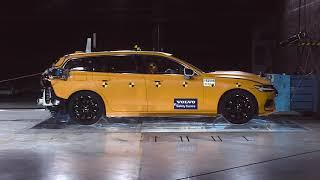 New Volvo V60 -  crash test
