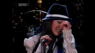 Walk Away - Christina Aguilera (Live On Letterman)