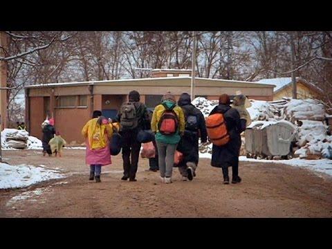 Βαρύς ο χειμώνας για μετανάστες και πρόσφυγες