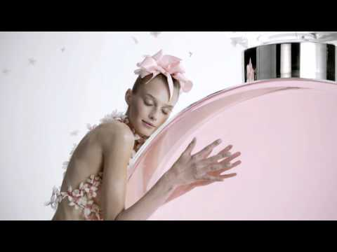 Chanel Commercial for Chanel Chance Eau Tendre (2011) (Television Commercial)
