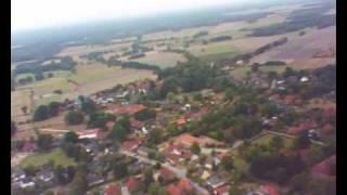 preview picture of video 'Kameraflug 250m über Brelingen'