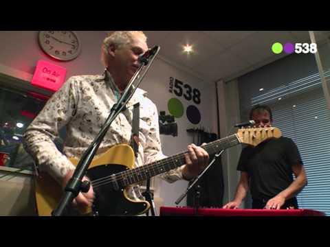 Radio 538: Doe Maar - Sinds een dag of 2 (live bij Evers Staat Op)