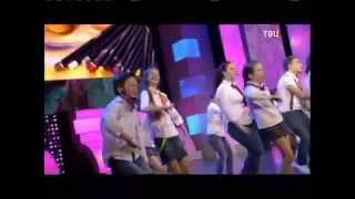 """Старшая группа """"Коломбина""""  в составе хора Игоря Крутого с песней """"Нарисуй"""""""