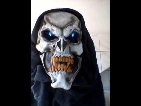 Die Maske für die Person mit der normalen Haut