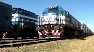 preview picture of video 'Cruzada 2002 con 9013+2004.'