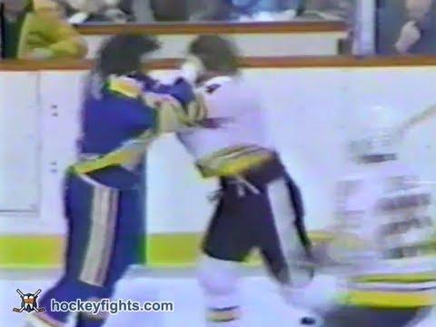 Bryan Maxwell vs Terry O'Reilly