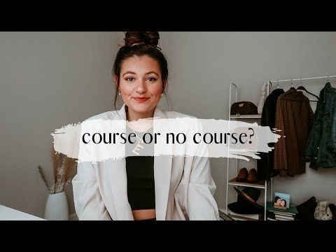 CREATING A COURSE AS AN ONLINE COACH//WHEN AND HOW TO CREATE HEALTH COACHING COURSES