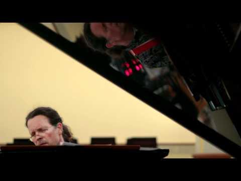 play video:Trailer Michael Gees - ImproviSatie