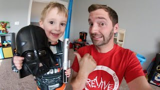 FATHER GIVES SON A STAR WARS QUIZ!