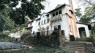 Abandoned Millionaires Family Mansion W/ Hidden Rooms & Everything Left Untouched