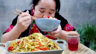 Stir-fried cabbage with a round of wine, and a drink of wine, it is a god to live!
