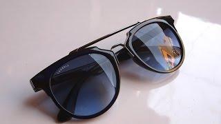 Laurels sunglasses Hands On - Hawk Eye Shaped Sunglasses