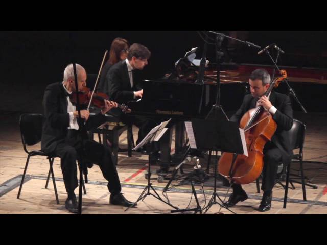 Haydn: Trio in la magg. Hob. XV:18 (2° and 3° mov.)