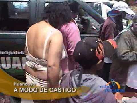 Huancayo: Pasean desnudos y bañan con agua fría a pareja de ladrones