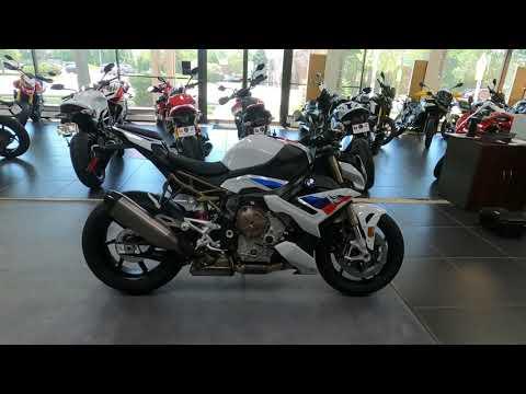 2022 BMW S 1000 R in West Allis, Wisconsin - Video 1