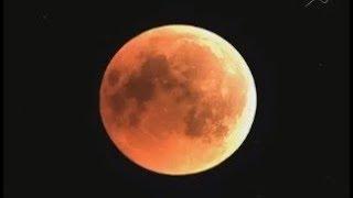 Кровавая луна зависла над землей. Лунное затмение 27 июля 2018г.