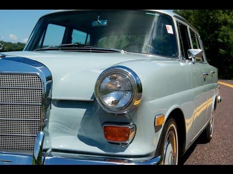 Mercedes-Benz W155 200D 1968 1/24 New & Box Diecast Model Car Auto