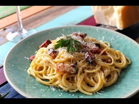 Espaguetis a la carbonara (auténtica receta italiana)