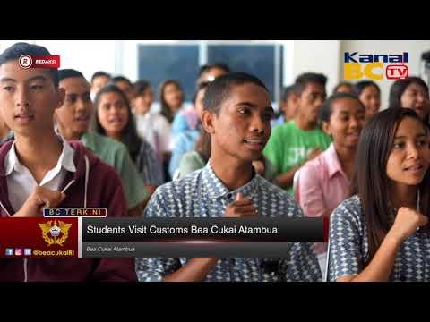 [Redaksi] Students Visit Customs Bea Cukai Atambua