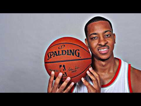 Video CRAZY GROWTH SPURT! The CJ McCollum Story