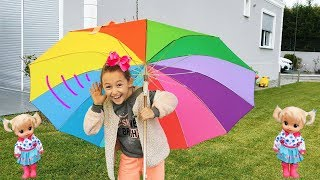 Öykü's new Rain umbrella and Toy of