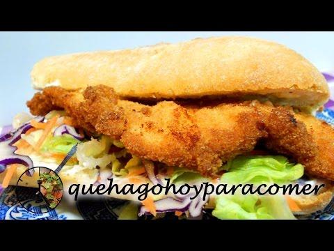 Bocadillo de pollo y ensalada