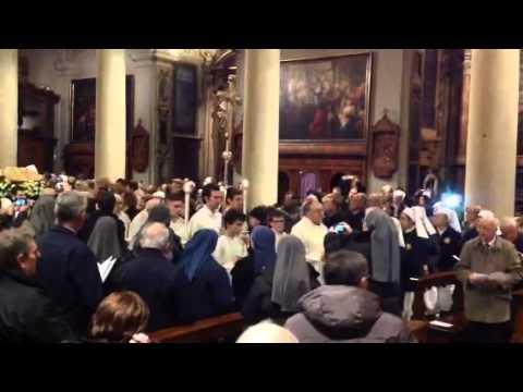 L'arrivo della reliquia di papa Wojtyla in Basilica
