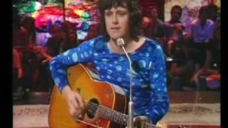 Donovan in Concert - Happiness Runs