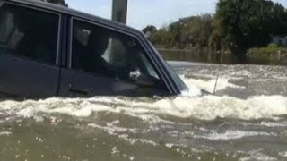 What to Do: Car Sinking in Water, Only Seconds to React