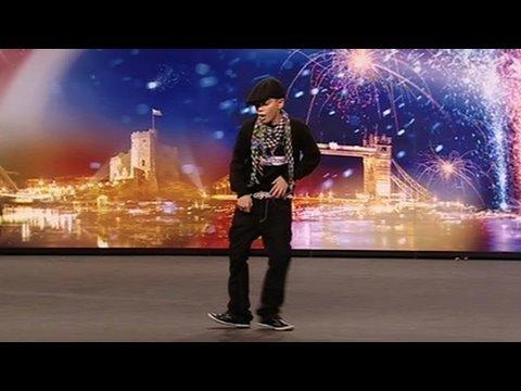 Cậu bé mới 11 tuổi nhưng nhảy Samba cực điêu luyện - Britain's Got Talent