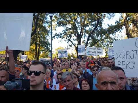 Ogroman narod kod Predsedništva Srbije - ne daju reke tajkunima i Vučiću | Stop minihidroelektranama