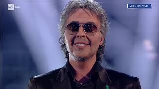 """Federico Angelucci è Andrea Bocelli: """"Il mare calmo della sera"""" - Tale e Quale Show 23/11/2018"""