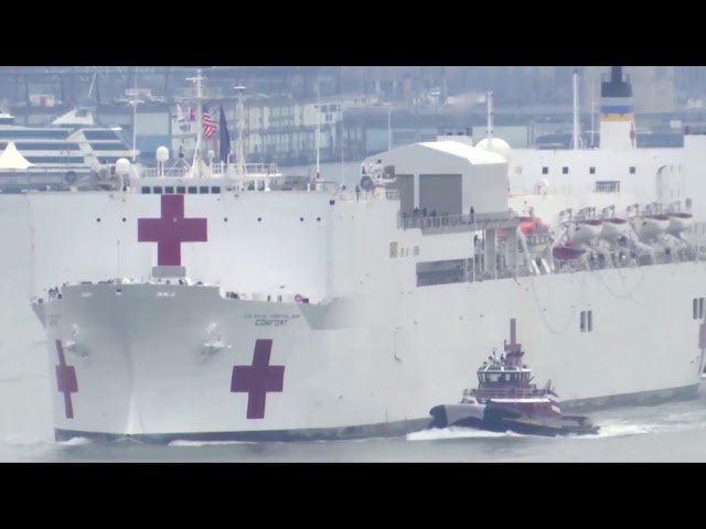 U S Navy hospital ship arrives in New York