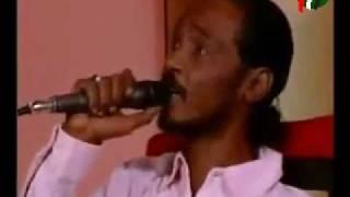 Mahmoud Abdel Aziz محمود عبدالعزيز ELHOOT بعد ايه جيت تصالحني