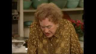 Bearnaise Sauce With Julia Child ⎢Martha Stewart
