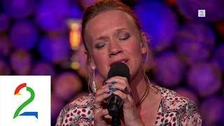 Anneli Drecker synger Alt Eg Såg av Sigvart Dagsland i Hver gang vi møtes.