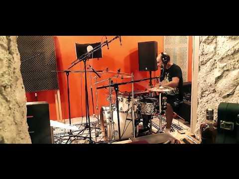 Saveyourself - Saveyourself - L.D.H.B.  (BombJack Studio clip)