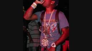 Nelly ft. 2 Pistols - Hot Damn