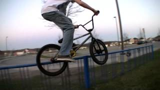 preview picture of video 'Peterborough BMX | Sping 2012'