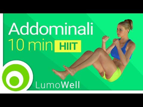 Addominali in 10 minuti: esercizi per la pancia, allenamento addominali a casa