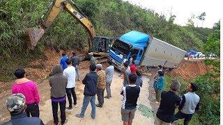 #5 Лаос. На краю пропасти. Куда не стоит ехать. Большая шаурма