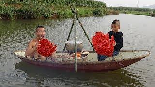 Lần Đầu Ăn Cua Mẫu Hậu Trên Du Thuyền - Mao Đệ Chèo Thuyền Hơn Cả Vận Động Viên