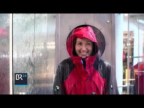 Wie bekommt man Regenjacken wieder wasserdicht? | BR24