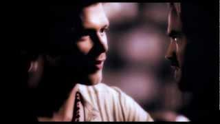 Элайджа и Клаус из Дневников вампира, [HUMOR] Klaus.Kol.Elijah.Rebekah. Who the hell are the Mikaelsons?