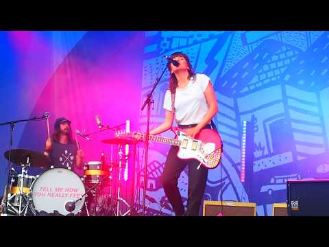 Courtney Barnett - Everybody Here Hates You Live @ All Points East Festival
