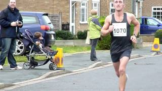 preview picture of video 'St Neots Half Marathon Trailer Nov 21 / 2010'