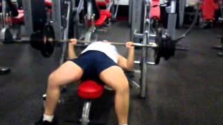 Heavy bench press SNAP FITNESS KENSINGTON age19