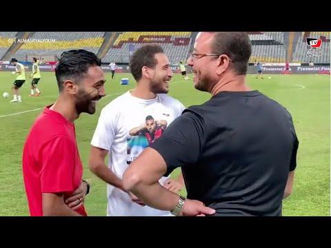 حسين الشحات يداعب هشام محمد بمباراة الأهلى والإتحاد