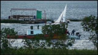 preview picture of video 'Costanera de Posadas (Misiones - Argentina) - Junio 2009'