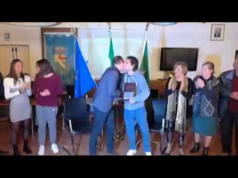 ANDORA, IL SINDACO DEMICHELIS CONSEGNA LE CHIAVI DELLA CITTA' A MARIO VASSALLO